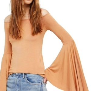 FREE PEOPLE x Bell sleeve off the shoulder top XS